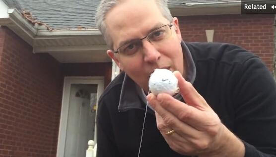 美父亲竟用高尔夫球给儿子拔牙 视频疯传网络