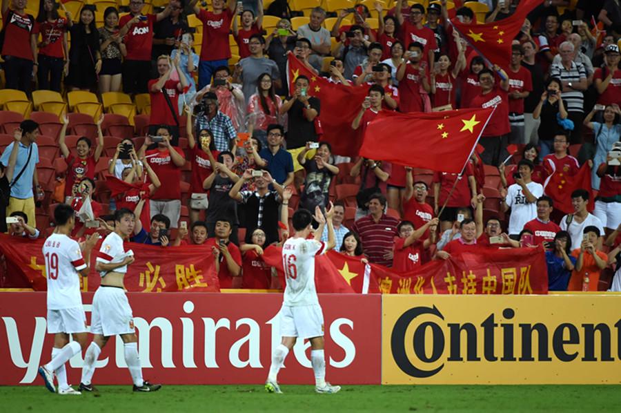 放肆任性一回!亚洲杯国足两连胜小组第一提前出线