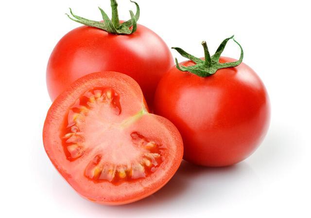 去老年斑可多吃茄子和西红柿