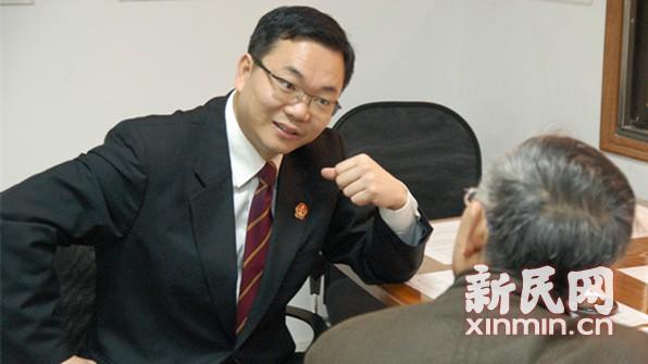 追忆沪高院副院长邹碧华生前定格细节