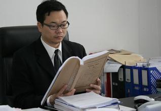 上海高院深入学习习总书记重要批示 争做邹碧华式好法官