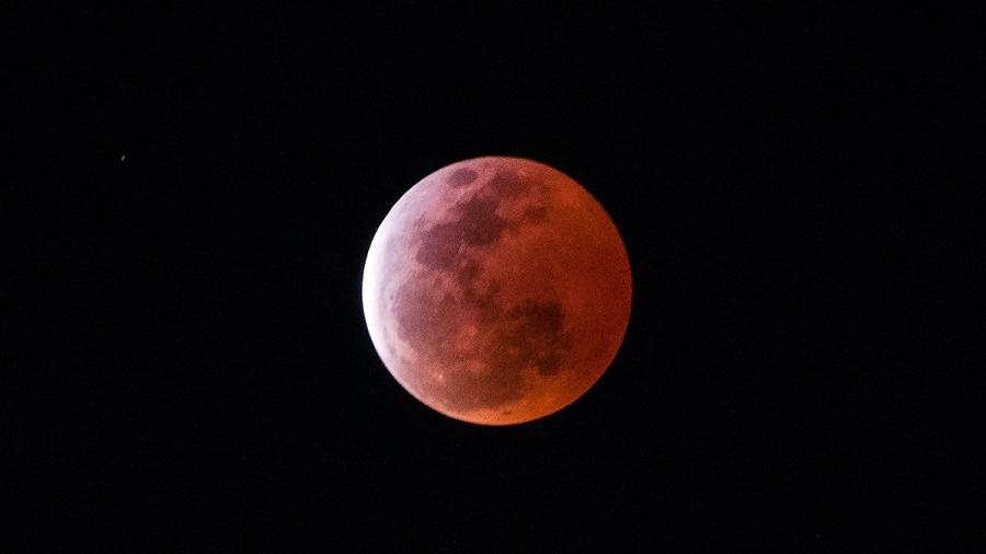 """昨夜月全食 美丽的""""红月亮""""也来了"""