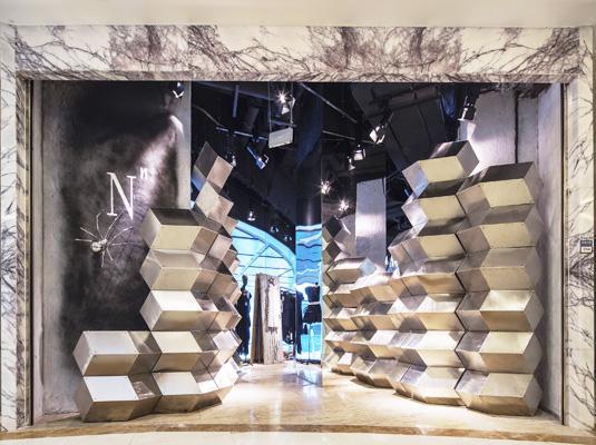 上海新天地2015创意橱窗展亮相