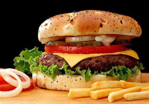 发现:压力会让垃圾食品的危害增加.压力大的女性,如果食用了高图片
