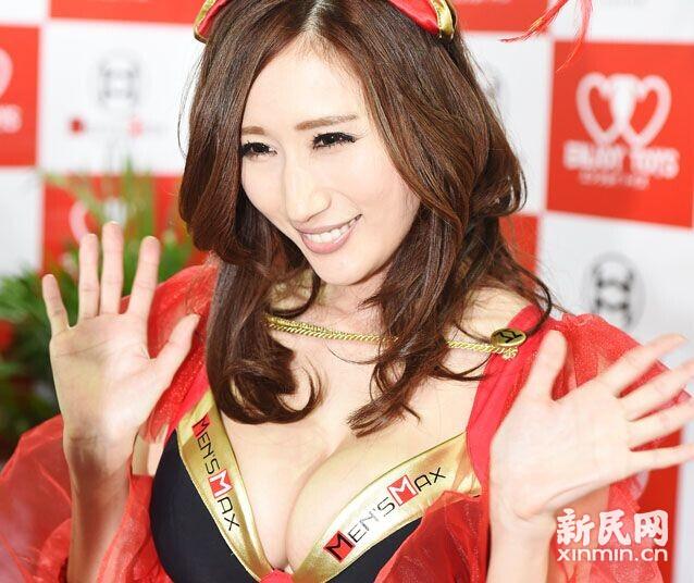 上海成人展上新奇多 4月10日为普通观众日