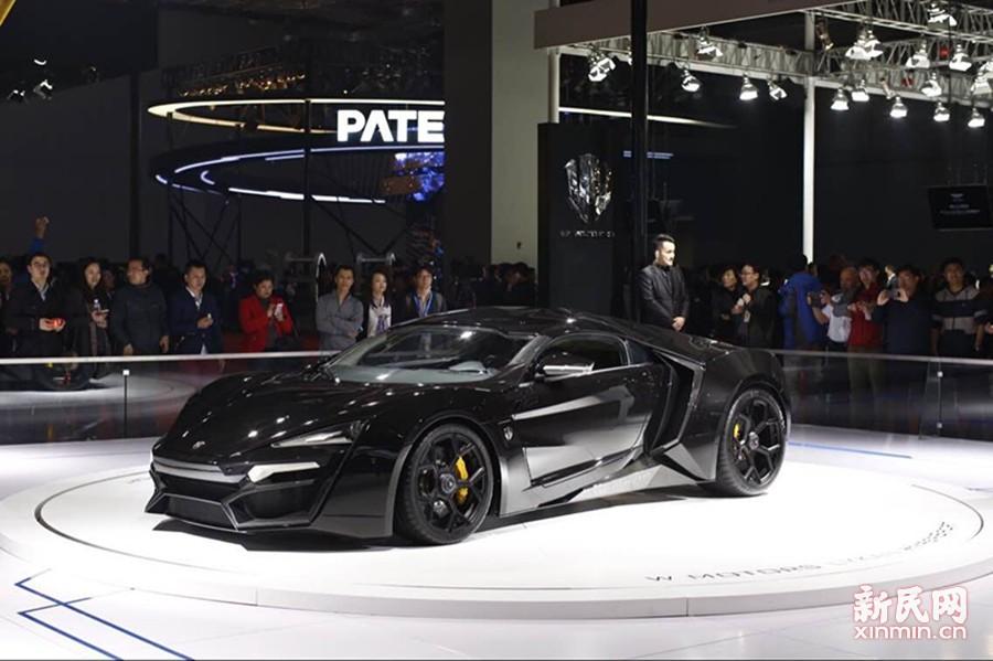 《速度与激情7》中大放异彩、全球仅7辆的W Motors 超跑备受瞩目。新民晚报新民网记者 萧君玮 摄