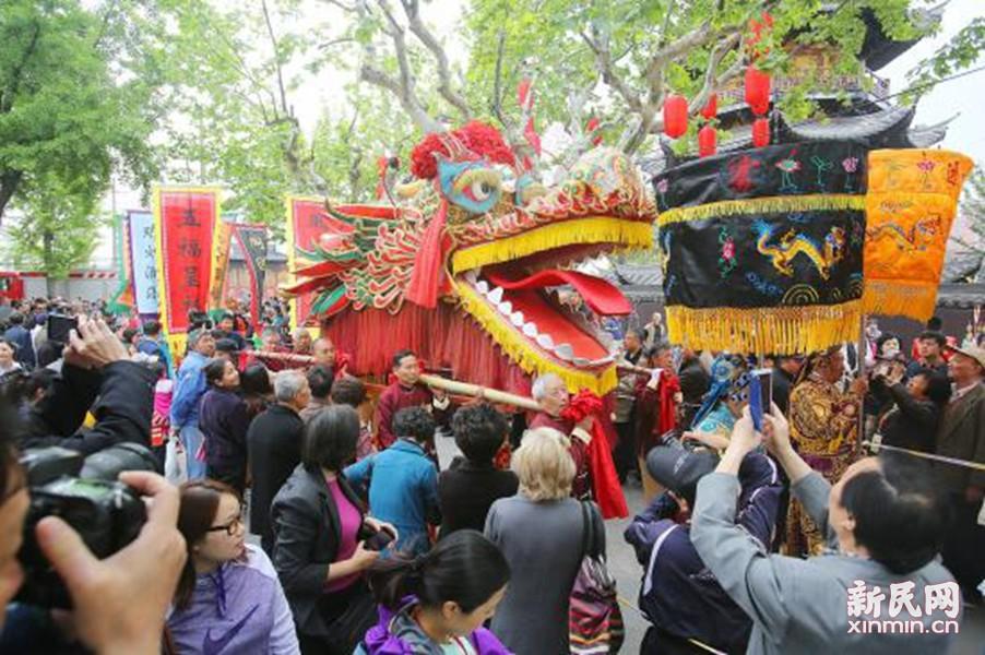 龙华庙会还原老上海