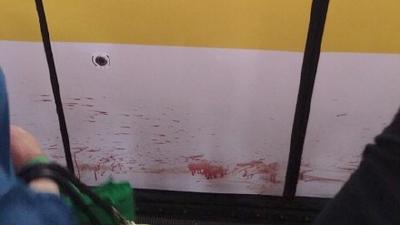 上海地铁3号线一男子落轨身亡 影响晚高峰25分钟