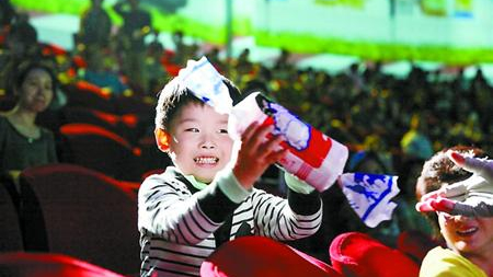 上海六一节活动丰富多彩: