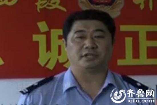 视频 烟台/与小偷搏斗的69岁老人吴克玉(视频截图)