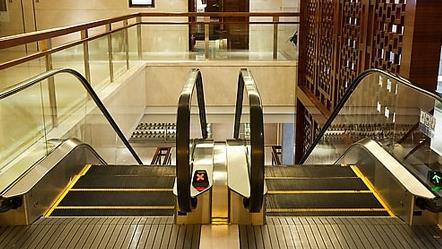 申城正构建物联网让电梯安全智慧起来