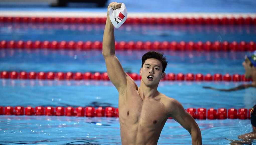 盘点上海那些颜值高的泳池