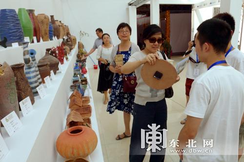 大学生艺术实践作品亮相第六届中俄文化大集