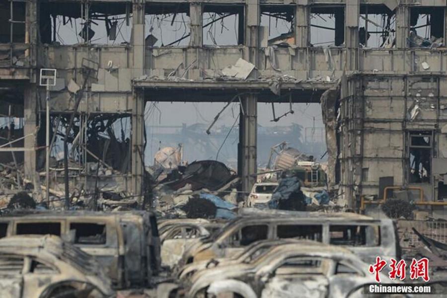 直击天津港特别重大火灾爆炸事故核心区