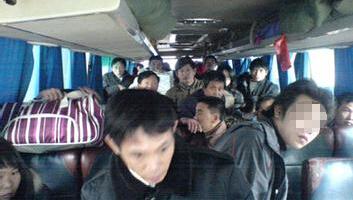 长途大巴乘客投诉:半票儿童到底该不该让座