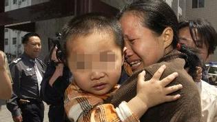 公安部:10月底前收买被拐妇女儿童者自首 可免刑罚