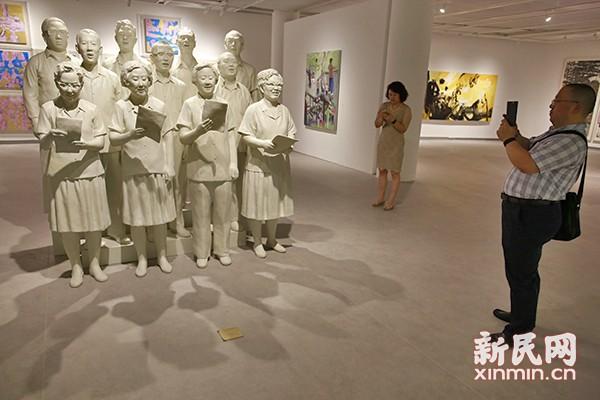 """归根上海 """"城市目光——2015上海当代艺术大展""""开幕"""