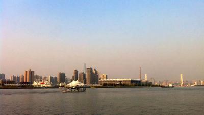 上海今天早晚凉意浓最低14℃ 中午前有霾