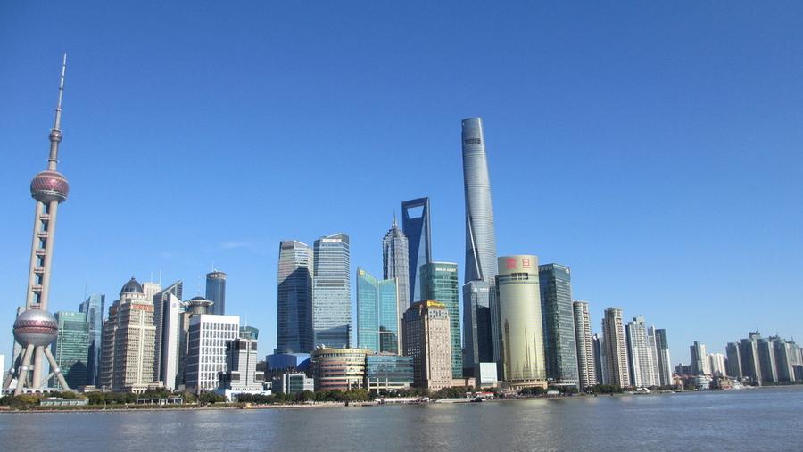 天蓝霾散!上海今天晴好 最高温26℃