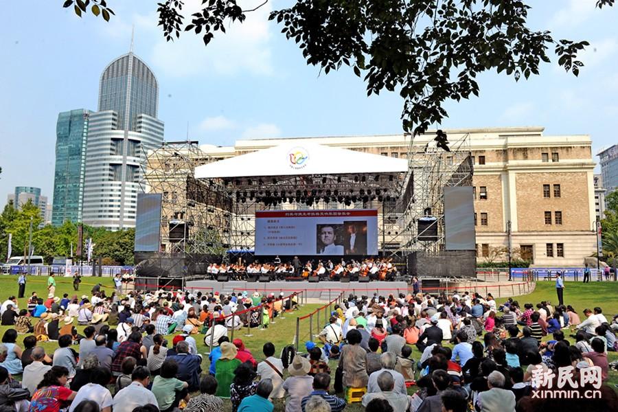 """上海国际艺术节""""艺术天空""""昨在城市草坪音乐广场开幕"""