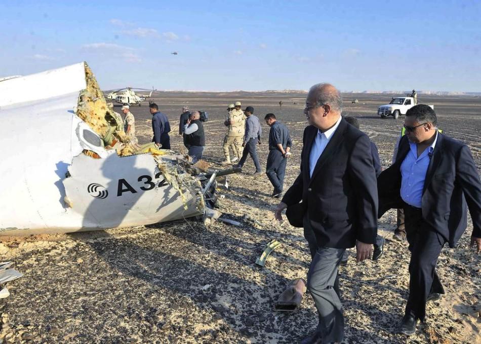 俄方称失事客机16人事发前取消航班 不排除恐袭可能