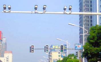 """""""十三五""""期间,上海每年新增700套""""电子警察"""""""
