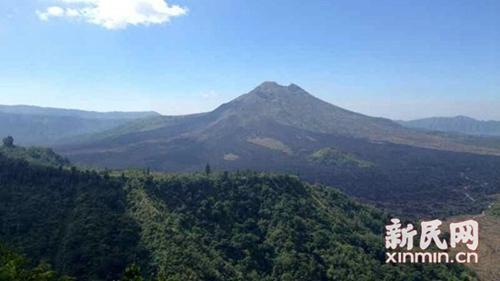 印尼火山喷发后巴厘岛机场开放运行 旅游逐步恢复