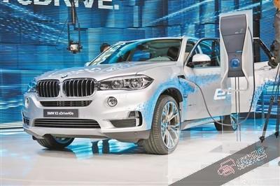 宝马x5插电式混合动力车型高清图片