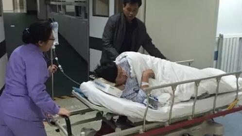 国家卫计委回应南航乘客急救门:不得推诿拒绝患者