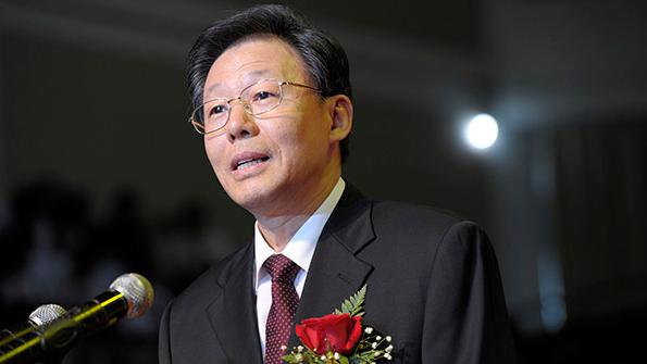 李学勇提请辞江苏省长 石泰峰获代理省长提名