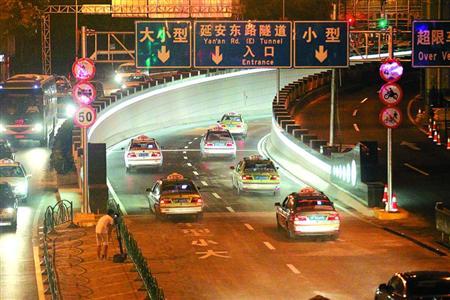 沪延东隧道年内双线双向重新开放
