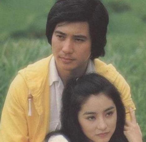 ...为了她更愿意与妻子萧芳芳离婚然而   林青霞   的心里却矛...