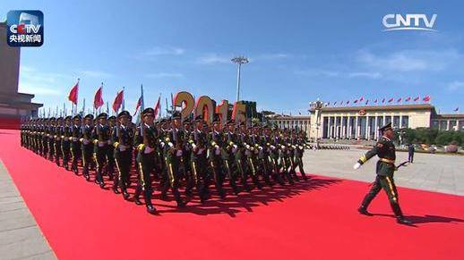 央视春晚将再现9.3大阅兵盛况 北京军区官兵把关