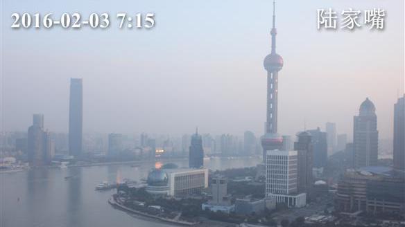 今天早间上海寒冷气温破冰点 出行注意保暖