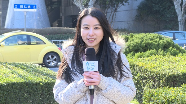 """【街谈巷议】在上海""""结不起婚""""?市民:与其慨叹 不如努力"""
