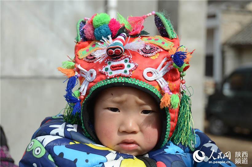 虎头帽子——手工刺绣闹新年