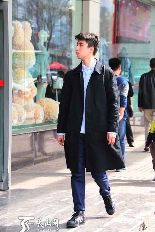 男潮人服装搭配_街拍乌鲁木齐潮人春季穿搭 总有一款适合你