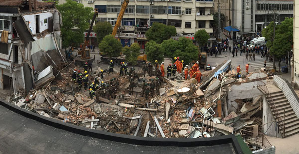 【滚动】上海松江三层房屋倒塌 搜救工作深夜结束