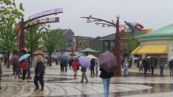迪士尼站还能看什么?星愿公园+迪士尼小镇