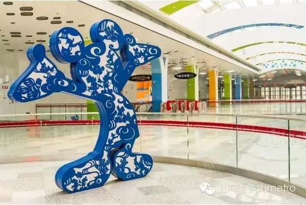 上海11号线迪士尼站终于通车了!