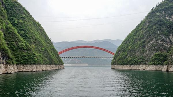 生态长江第9站三峡:高峡出平湖 天堑变通途
