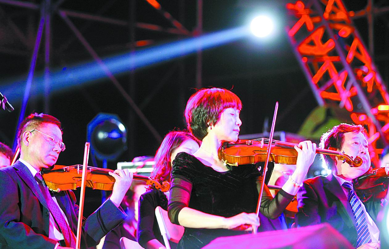 成都之春室外音樂會首日 6萬市民來狂歡