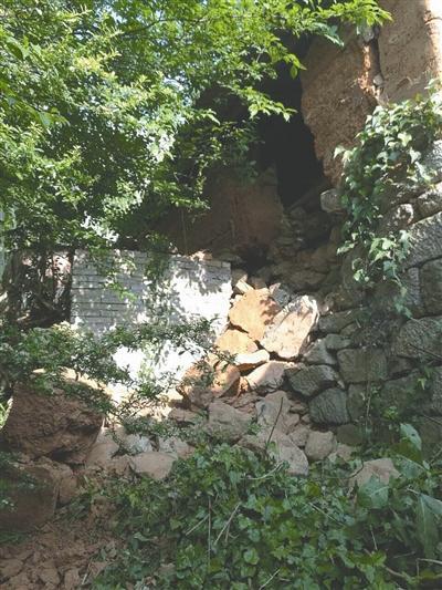 云南红河4.7级地震 暂无人员伤亡图片