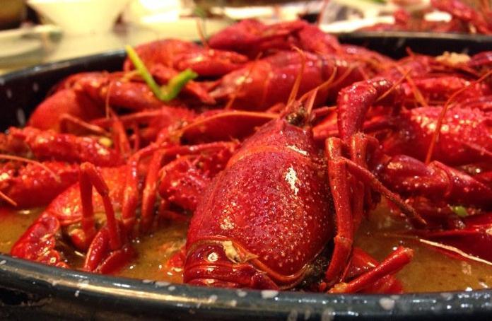棉花糖小龙虾、咸蛋黄小龙虾…魔都吃货这是要上天啊!