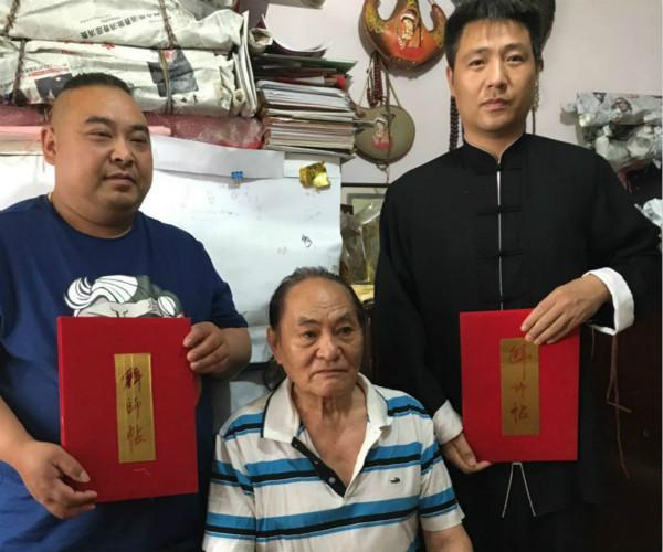 中华奇人陆国柱喜收两新徒
