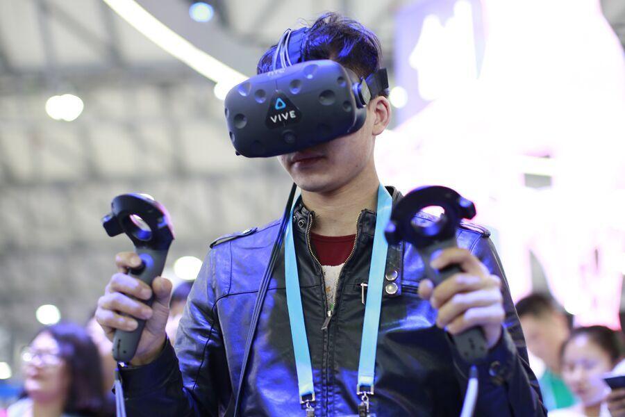 智能!酷炫!亚洲消费电子展上演科技大秀