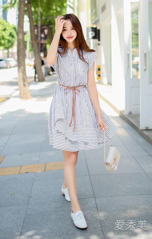 女孩夏天穿衣搭配 韩国街拍清新示范