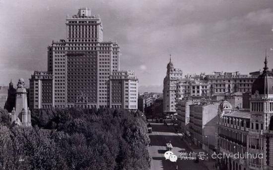 王健林首度回应西班牙大厦事件:拆迁是世界难题