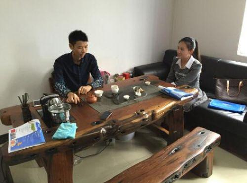 涂料行业媒体专访香港堡润家具漆总经理张俭