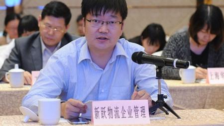 """吴军扎根金山卫 为小微企业当了十余年""""创业保姆"""""""